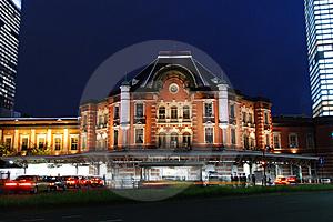 tokyo-jr-station-thumb4883291.jpg